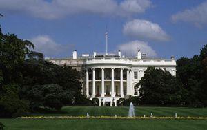 Coronavirus, Casa Bianca: scatta l