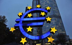 La BCE alza il tiro: tassi ai minimi e nuova liquidità ma non basta