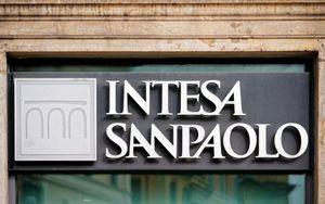 Intesa Sanpaolo, annuncia riorganizzazione prima linea manageriale