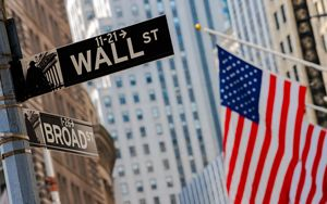 Future USA in cauto rialzo aspettando Wall Street