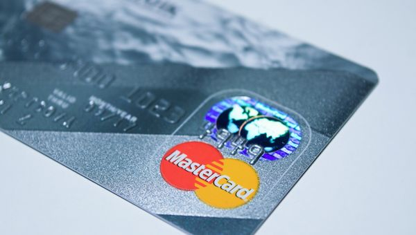Mastercard, chiuso esercizio al 30 settembre sopra le attese