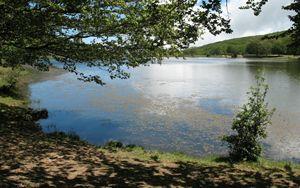 ENEA in campo su emergenze cianobatteri e microplastiche nei laghi