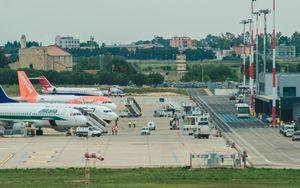 Filiera trasporto aereo: normativa italiana da adeguare a linee guida UE su distanziamento