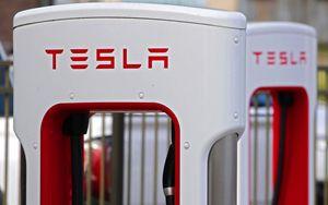 Tesla Motor sbanda dopo lancio pickup elettrico
