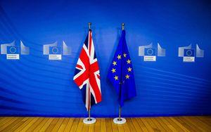 Brexit, il nodo irlandese mantiene in stallo i negoziati: nuovo incontro a metà ottobre