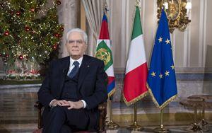 Mattarella parla di nuovo agli italiani. Parole preoccupate ma apprezzamento e conforto