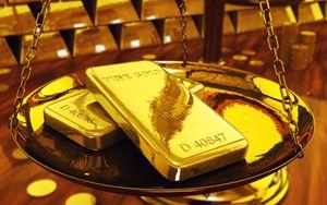 Oro record dal 2011, superati i 1900 dollari all