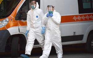 Coronavirus, oggi in Italia 681 vittime. Primo calo ricoverati terapia intensiva