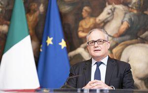 """SURE, Gualtieri: """"Europa della solidarietà e del lavoro prende forma"""""""