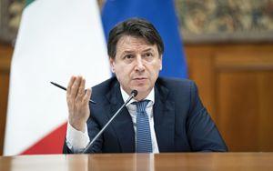 Ripartenza, Governo al lavoro tra pressing Regioni e tutela salute