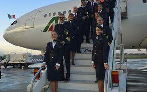 Trasporto aereo, ANPAV chiede test sierologici per hostess e piloti