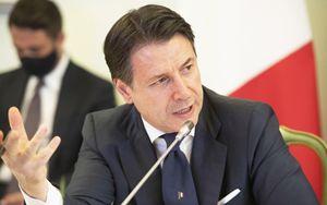 Conte chiude gli Stati generali: ipotesi calo IVA
