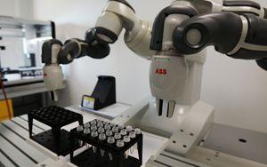 Un laboratorio da 5.000 tamponi al giorno