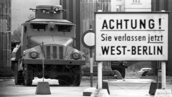 Berlino, la Germania celebra i trent'anni dalla caduta del muro