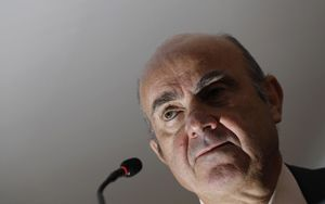 De Guindos (BCE) avverte: aumentati rischi stabilità finanziaria