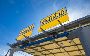 Atlantia avvia trattative in esclusiva per cessione quota minoranza Telepass