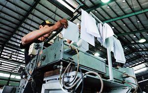 Industria, recuperano ordini e fatturato ma resta debolezza
