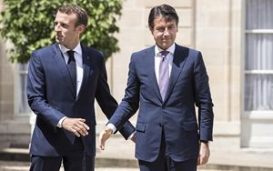"Macron annuncia ""isolamento all"