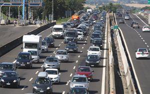 Auto, mercato Italia cresce anche a novembre